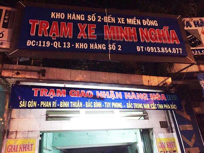 Trạm xe Minh Nghĩa giao nhận hàng hóa