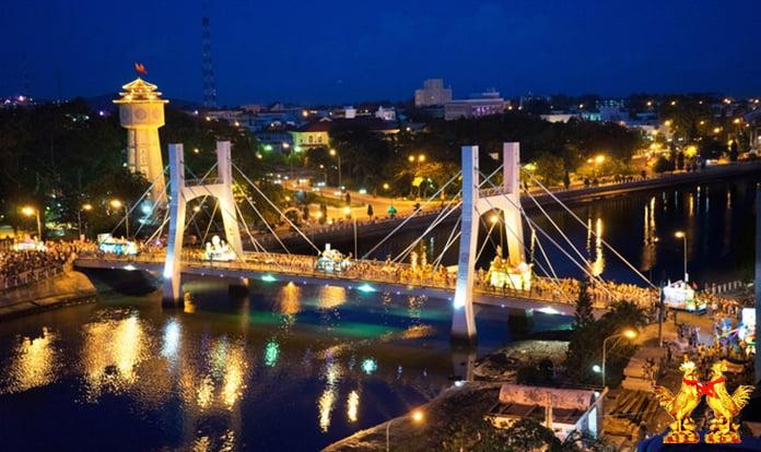 Dịch vụ cho thuê xe du lịch Bình Thuận Con Gà Vàng