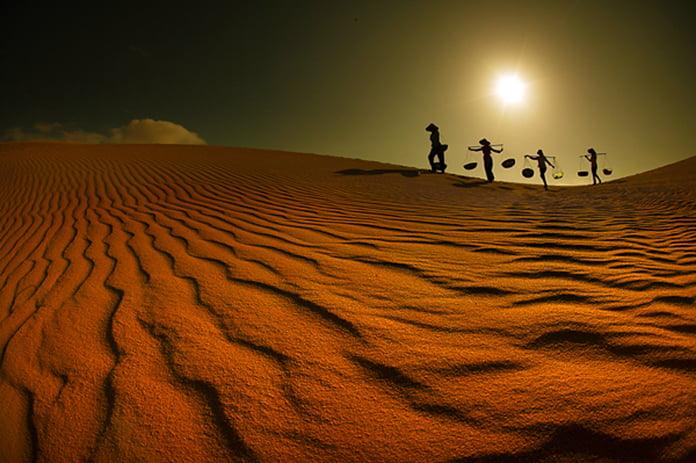 Bình Thuận có gì: đồi cát bay mũi né