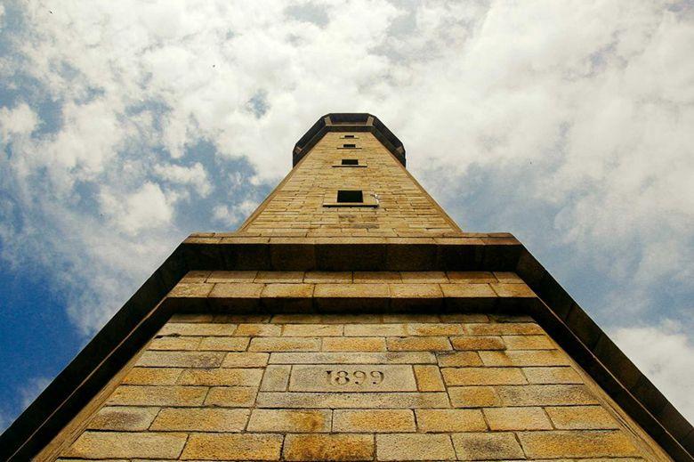 Ngọn hải đăng cổ nhất Việt Nam