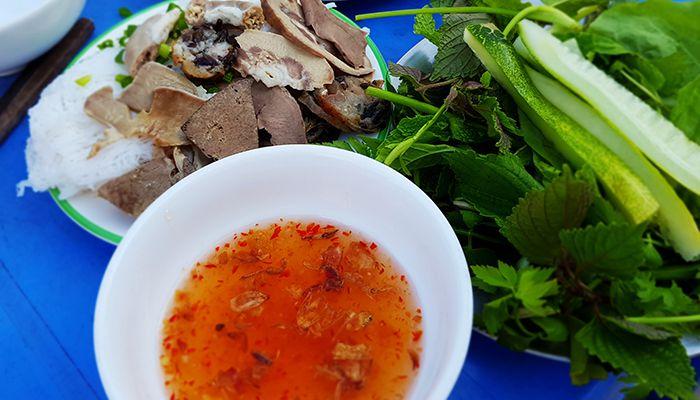 Hot girl Bánh hỏi Phan Rí