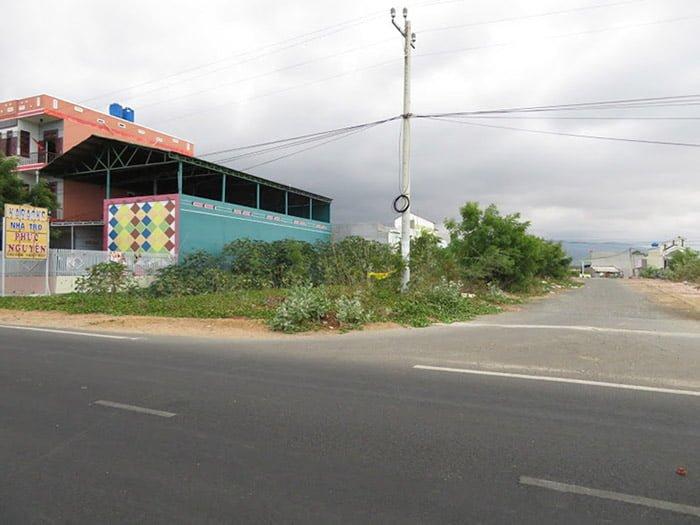 Bán đất Chí Công, Hòa Minh