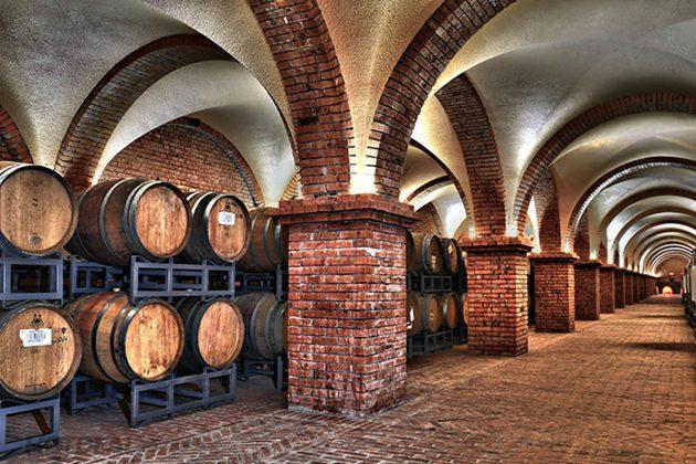 Toàn cảnh lâu đài Rượu vang nhìn từ trên cao. Ảnh: Lâu Đài Rượu Vang RĐ.