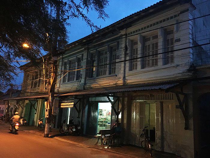 Phố cổ 05 căn ở Liên Hương