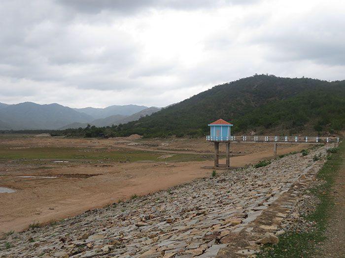 Hồ Đá Bạc