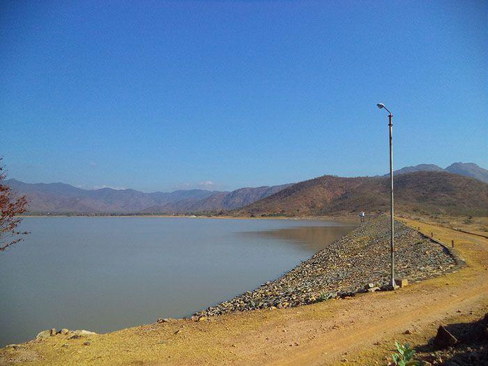 Hồ Đá Bạc ở Tuy Phong