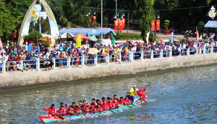 Lễ hội đua thuyền