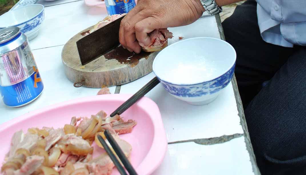 Bò nóng Phú Quý