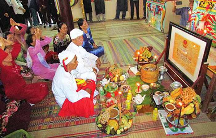 Lễ hội ở Dinh Mộ Thầy Nại