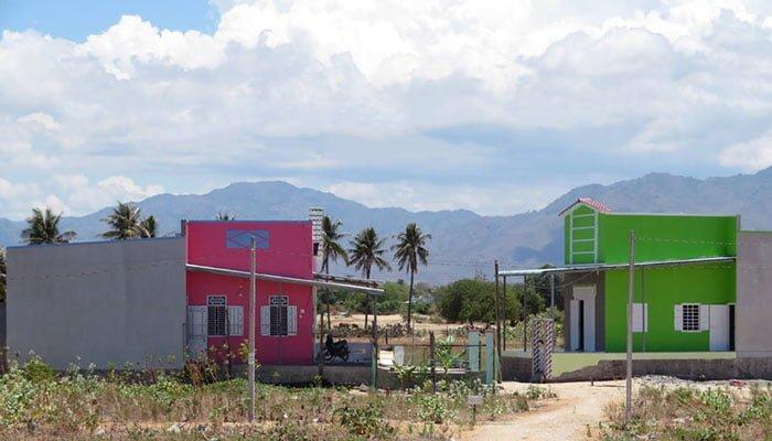 02 ngôi nhà nổi nhất Chí Công