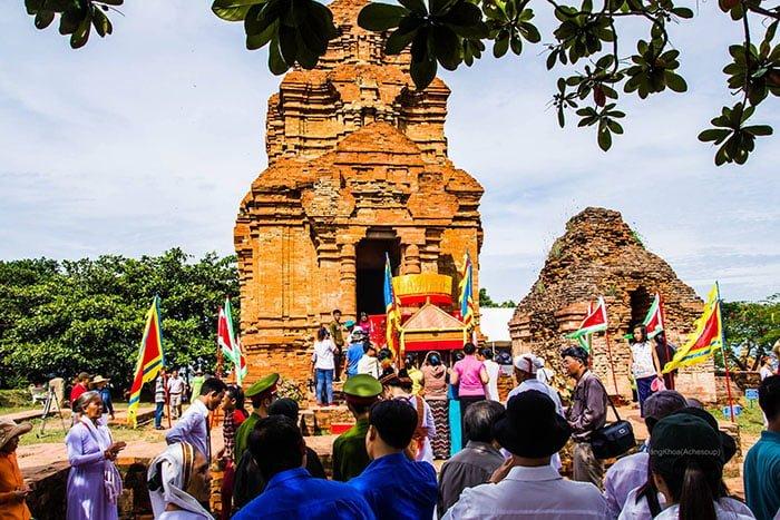 Tháp Poshanu ở Phan Thiết