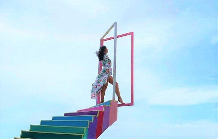 Cầu thang vô cực ở Tà Cú