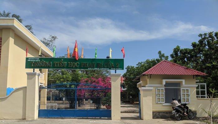 Trường tiểu học Phan Rí Cửa 2