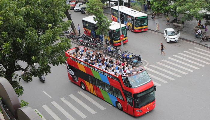 Xe buýt hai tầng mui trần