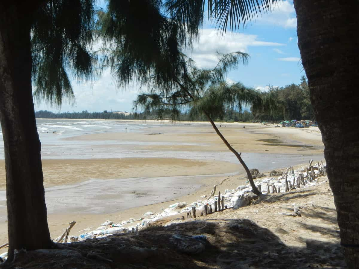 Biển Ngảnh Tam Tân ở Lagi