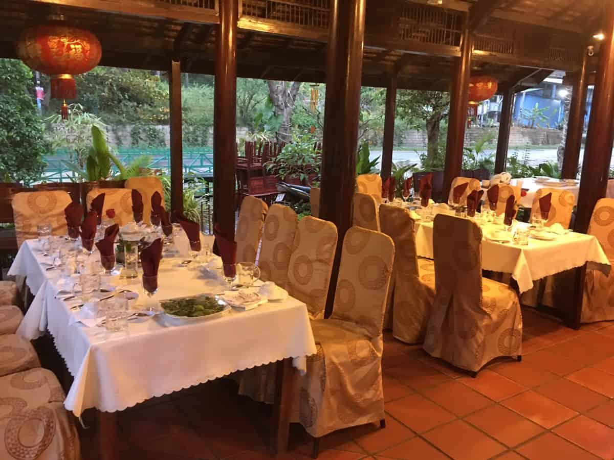 Nhà hàng Cánh Buồm Vàng Mũi Né