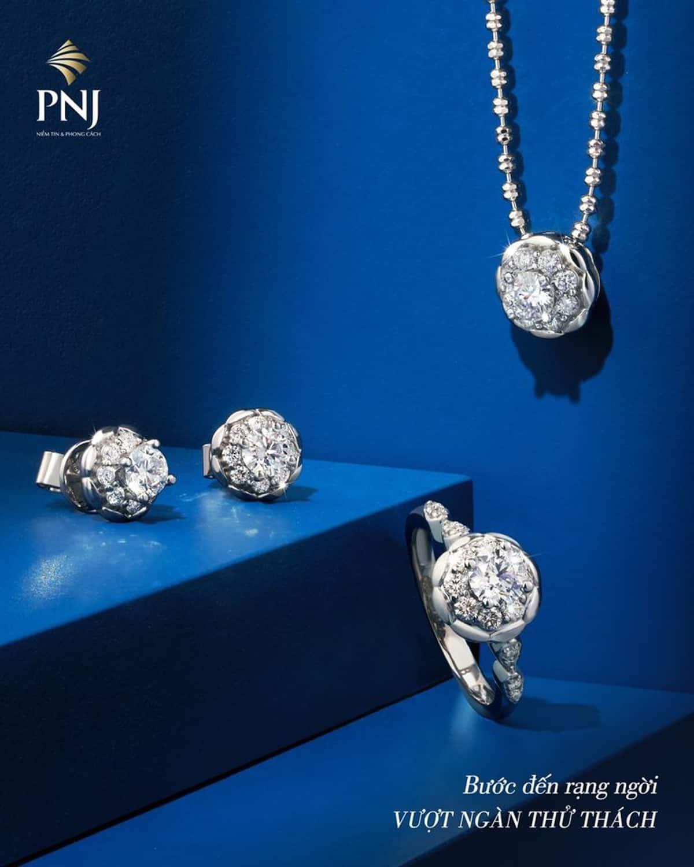 trang sức kim cương