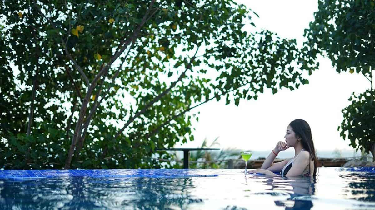 Stop And Go Làng Chài Resort khuyến mãi