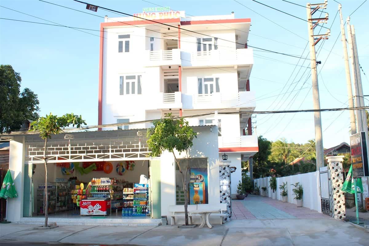Khách sạn Hưng Phúc