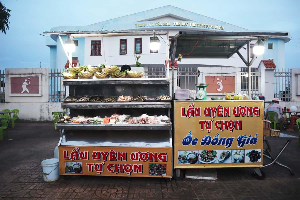 Quán lẩu uyên ương - Ốc đồng giá ở Phan Rí Cửa