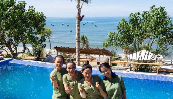 Stop And Go Làng Chài Resort thông báo tuyển dụng