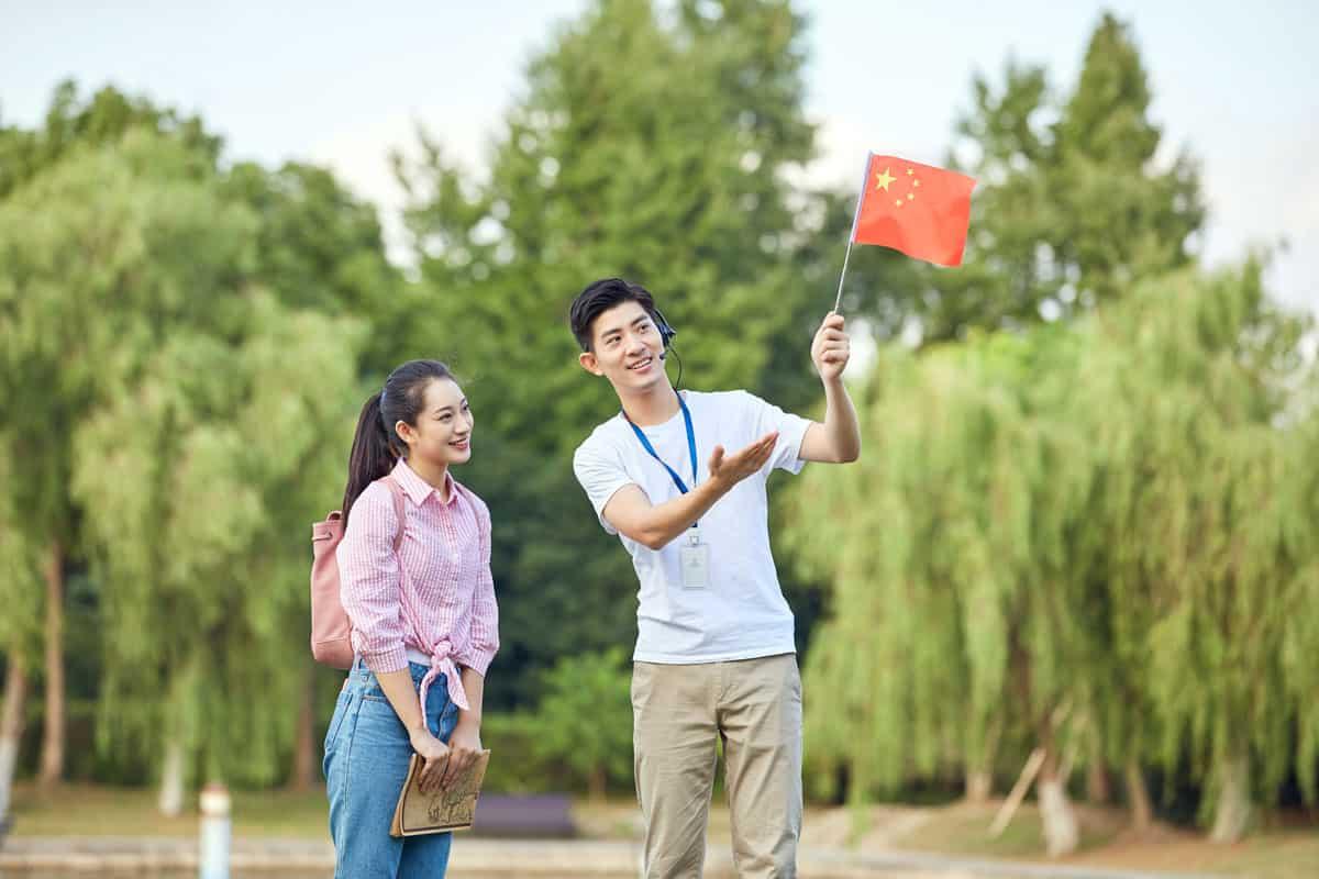 Đặc điểm của nghề hướng dẫn viên du lịch