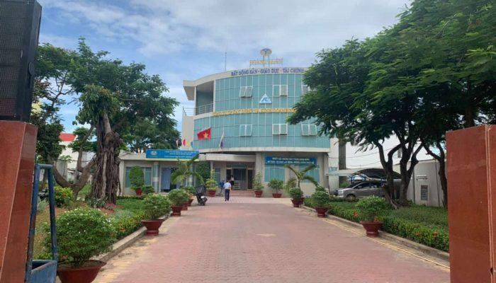 Địa ốc Hoàng Quân tuyển 20 Nhân viên kinh doanh