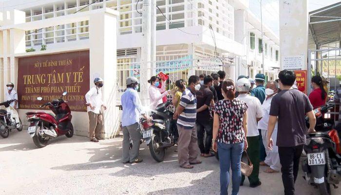 Điểm Báo Bình Thuận 20/08/2021: Tạm đình chỉ Giám đốc Trung tâm y tế Phan Thiết