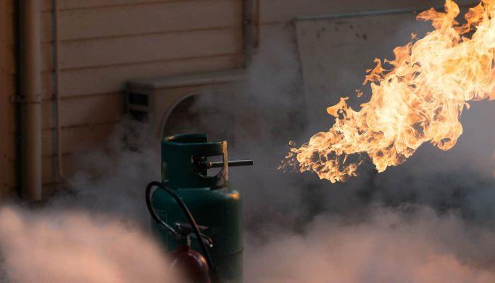 Nổ bình gas hay nổ khí gas? Nguyên nhân và cách phòng tránh