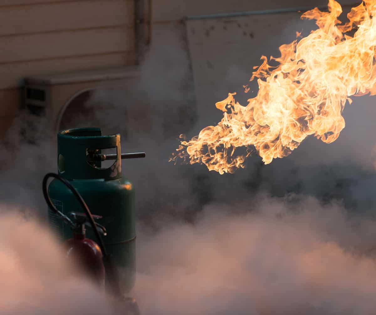 Nổ bình gas hay nổ khí gas?