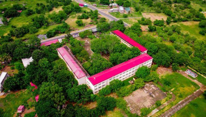 Tuy Phong: 2,4 tỷ xây dựng nhà vệ sinh ở 02 trường cấp 3